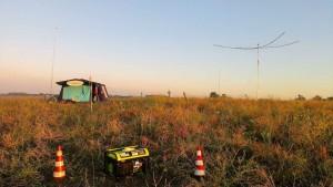 Panoramica della tenda, generatore e Spiderbeam alla Marcigliana